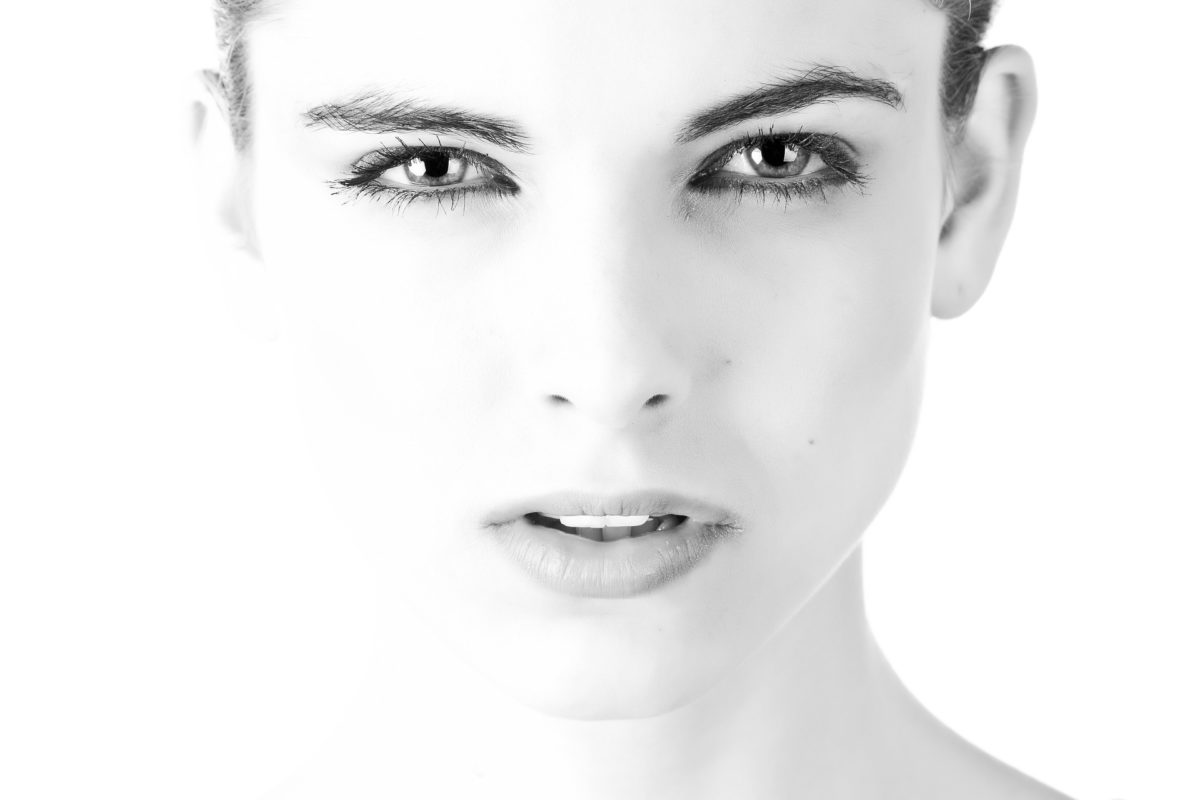 Rosto mujer maquillada